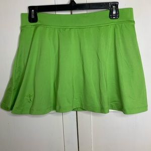 Tail Tennis skirt Sz M Green with white undershort